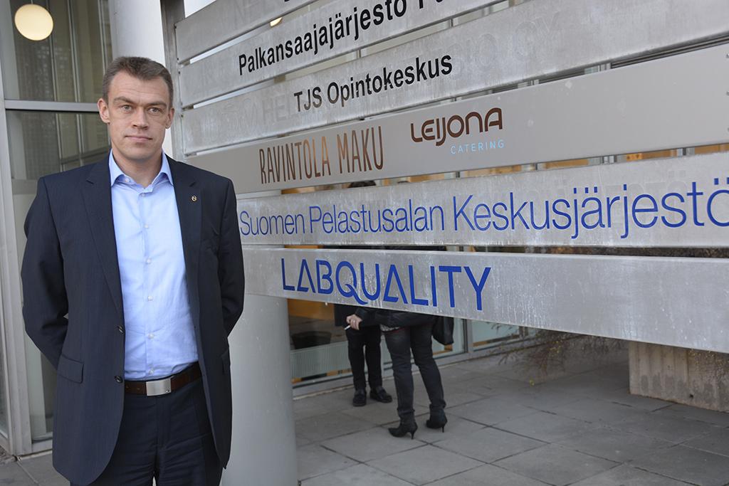 Spekin uuden toimitusjohtajan Marko Hasarin mielestä voimavaroja ei järjestökentässä kannata uhrata turhalle kilpailulle.
