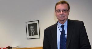 Pelastusylijohtaja Esko Koskinen sanoo, että hallituksen ohjelma konkretisoituu sisäisen turvallisuuden osalta viimeistään vuoden kuluttua, kun selonteko valmistuu.