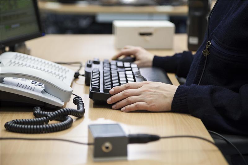 112-sovellus nopeuttaa hätäkeskuspäivystäjän työtä ja soittajan avunsaantia.