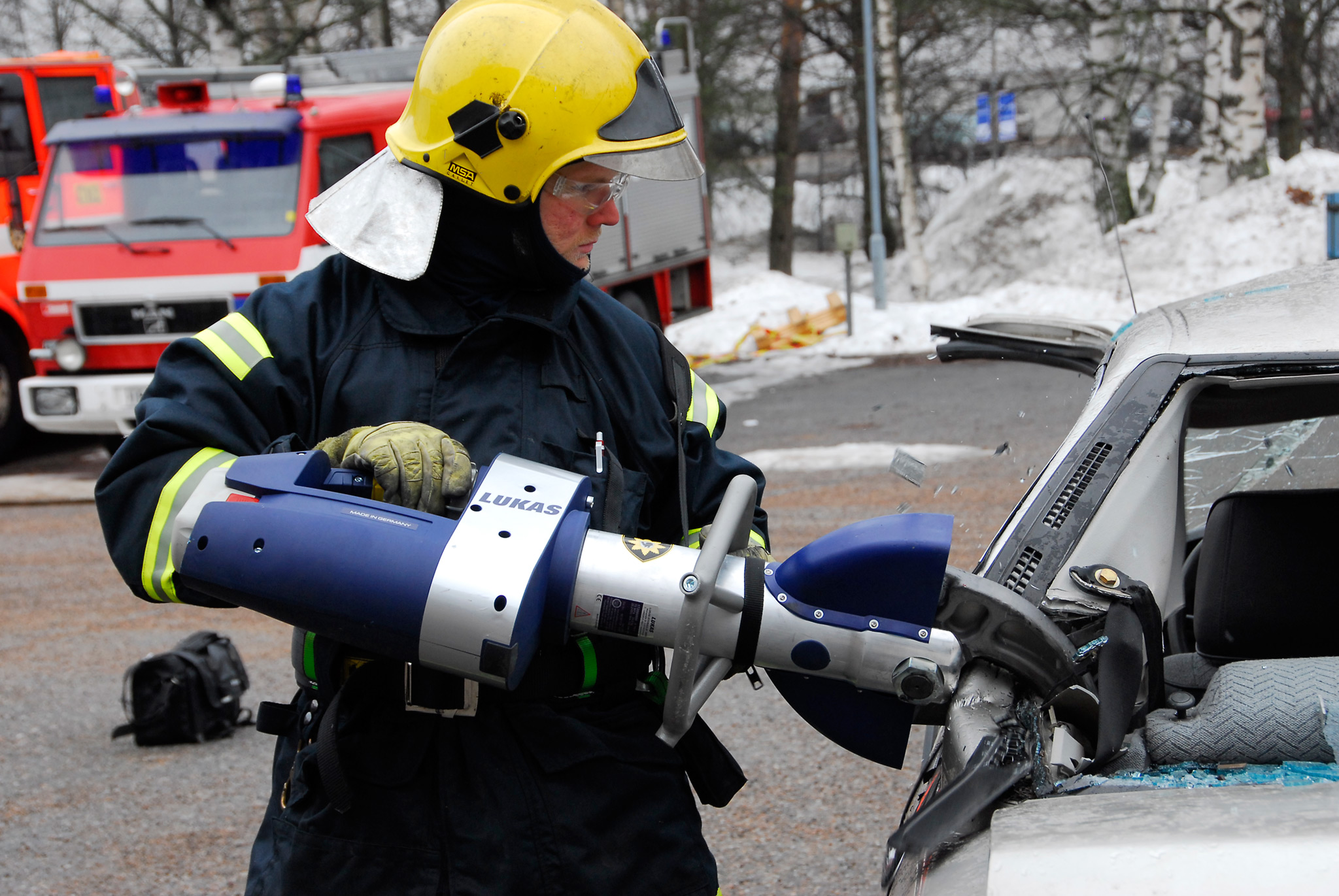 Jyväskylässä harjoitellaan tieliikennepelastamista viikottain. Harjoitukset  myös videoidaan koulutusmielessä.