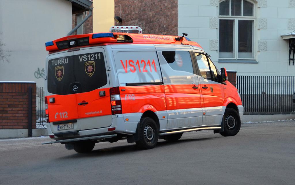 Pelastuslaitoksilla on omat valmiusvarastot, joiden turvin pelastusajoneuvot voidaan tankata mahdollisen jakeluhäiriöön sattuessa.