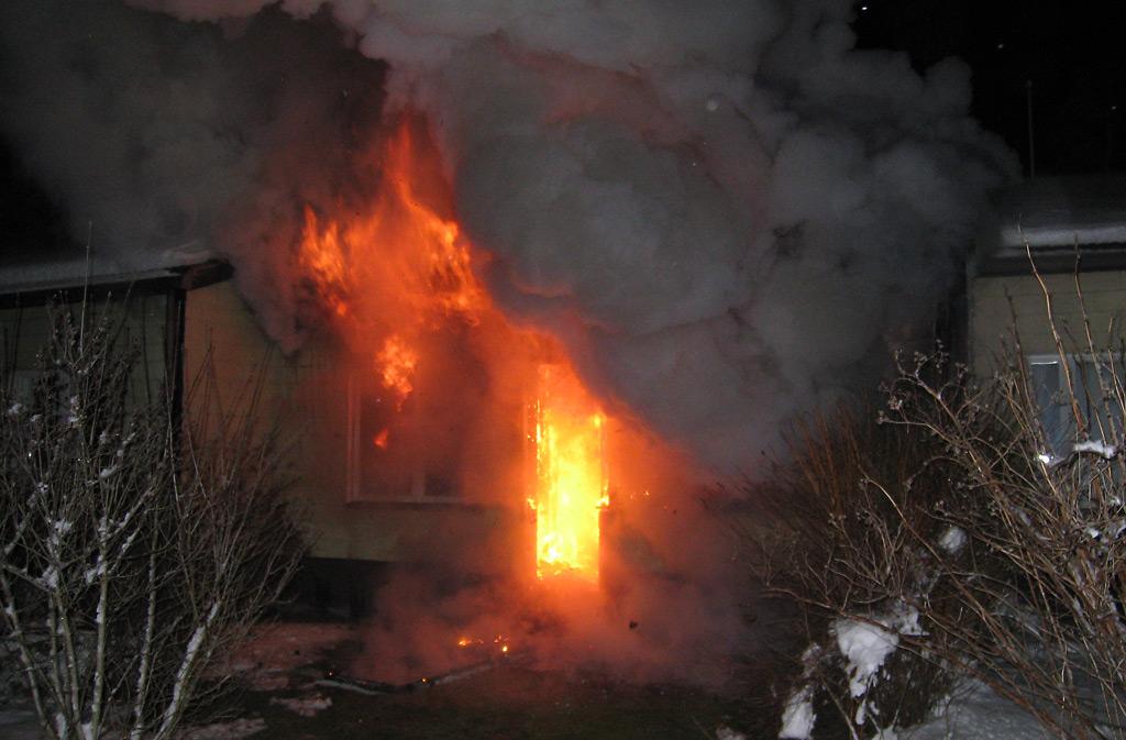Tulipaloissa kuoli viime vuonna yhteensä 51 suomalaista.