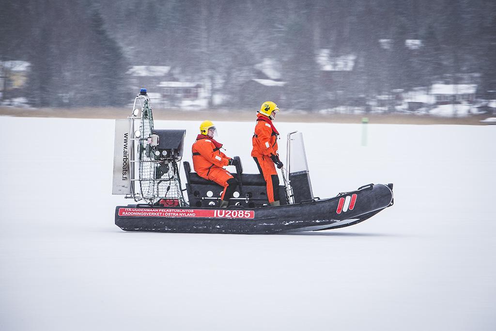 Hydrokopterit on tarkoitettu nopeaan pelastamiseen heikoista jäistä.