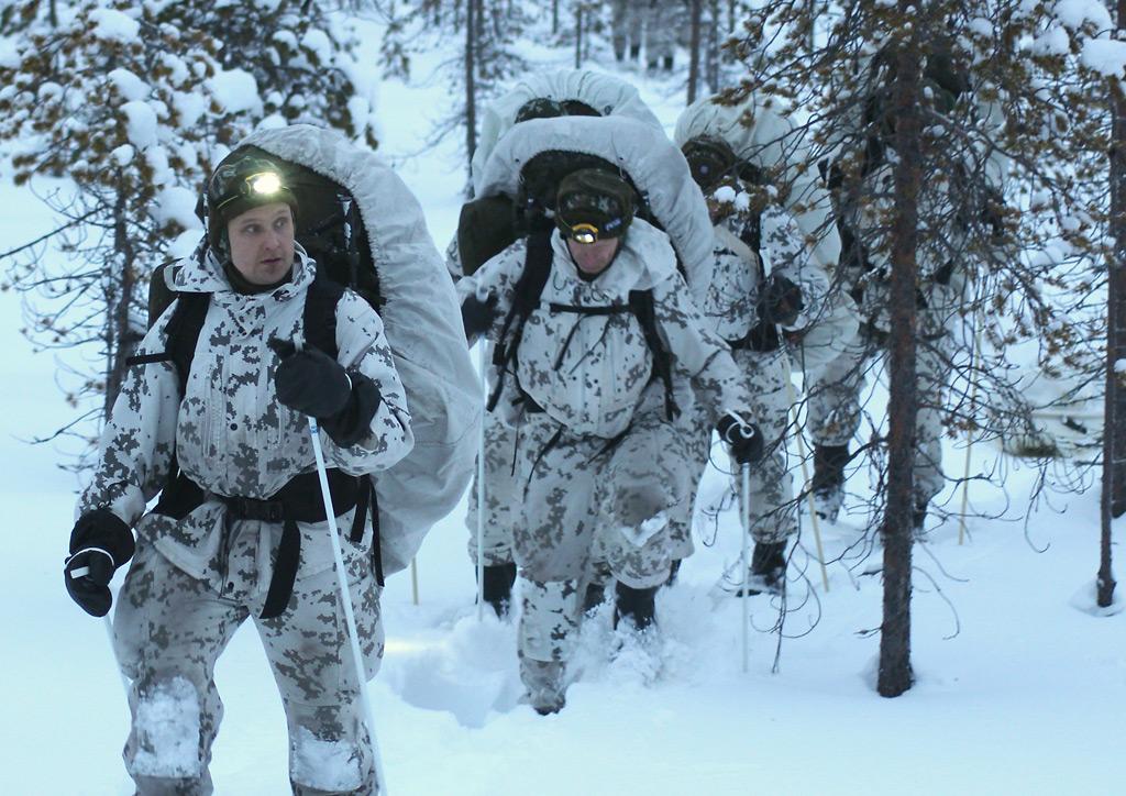 Kylmässä ilmastossa ja vaativissa olosuhteissa harjoiteltiin Sodankylässä helmikuussa.