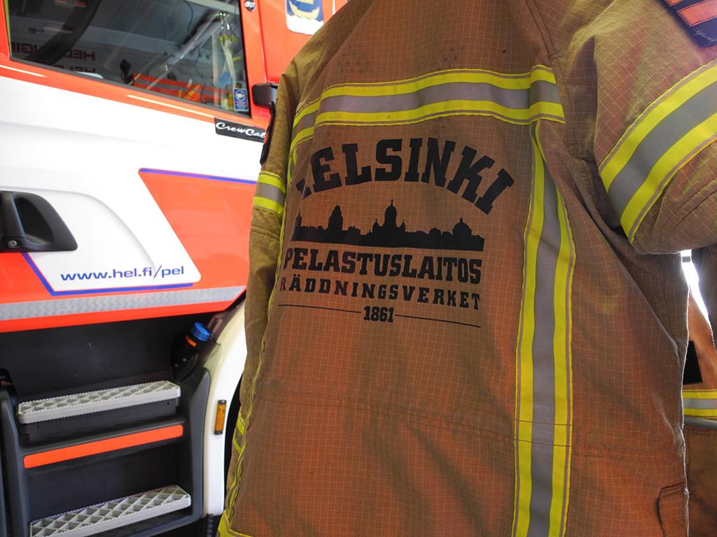 Helsingin kaupungin pelastuslaitoksen pelastuskomentajaksi hakee 22 henkilöä. Joukossa yksi nainen.