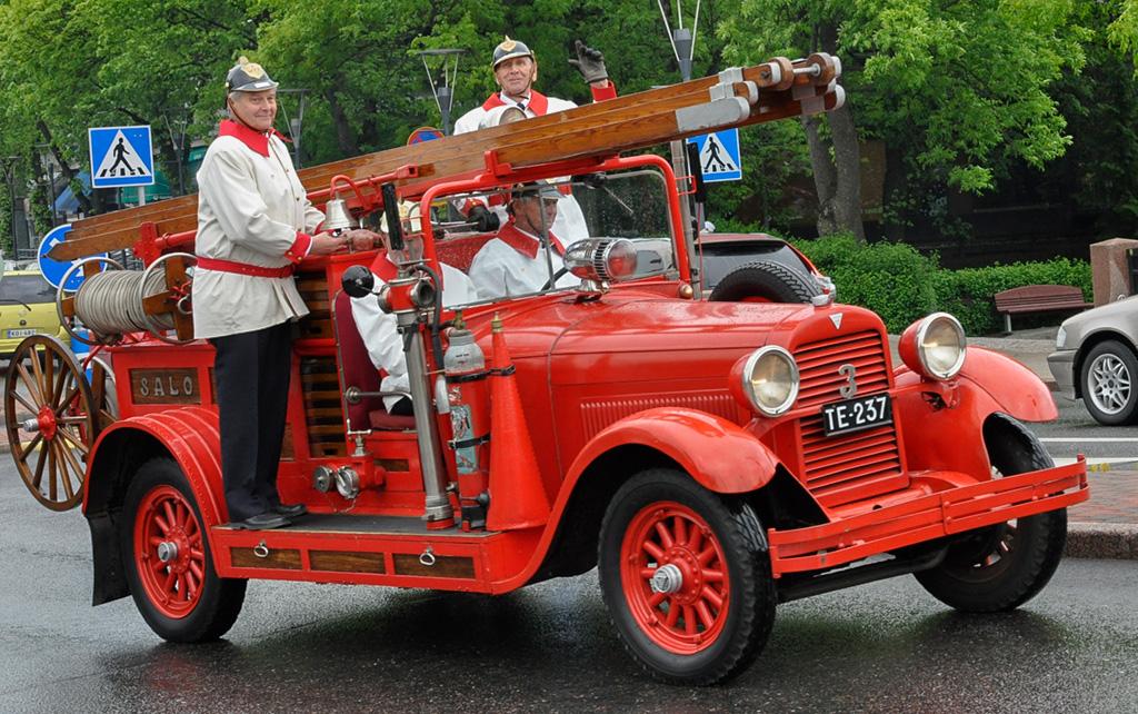 Salon VPK:n Hudson Super Six voitti Pelastustiedon komein paloautokisan 11 vuotta sitten. Kuva: Esa Aalto.