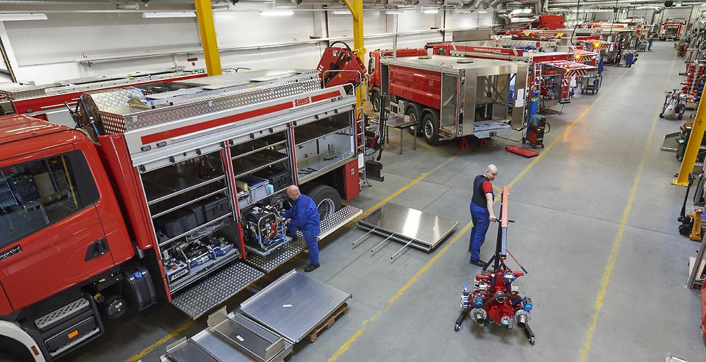 Saurus Oy:n tehtaalla Säynätsalossa valmistuu pelastusajoneuvoja kotimaahan ja ulkomaille.
