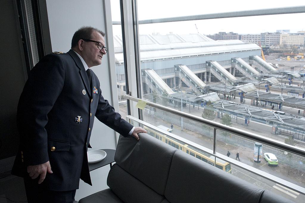 Keväällä 2015 Matti Virpiaro katseli ulos toimistonsa ikkunasta Aluehallintoviraston Helsingin toimipisteessä Pasilassa.