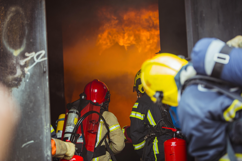 Pelastustoimen hälytystehtävissä työskentelyolosuhteet ovat usein äärimmäisen kuormittavia.