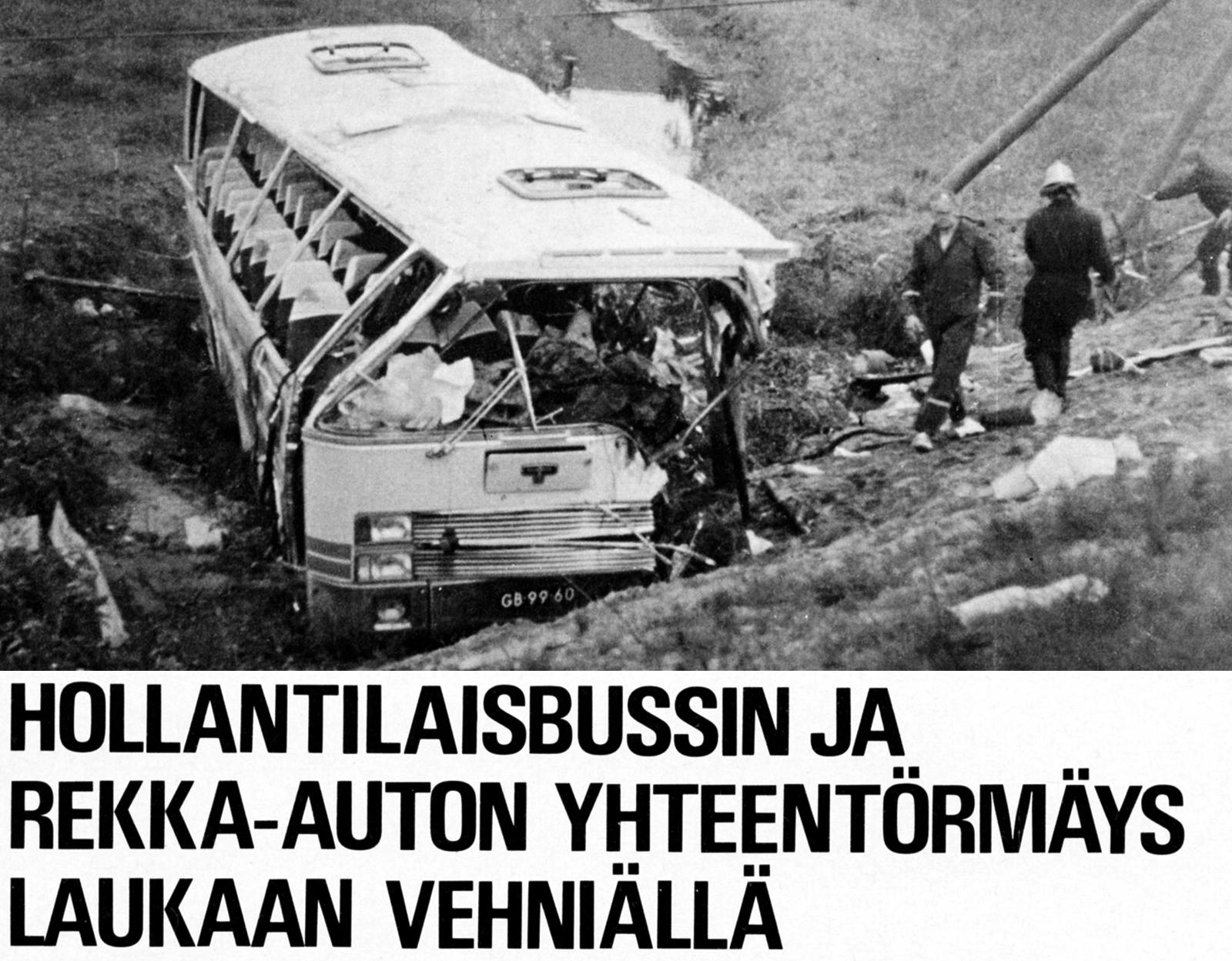 Pelastustöihin osallistui kaikkiaan 73 henkilöä. Sairasautoja paikalla kävi 15.