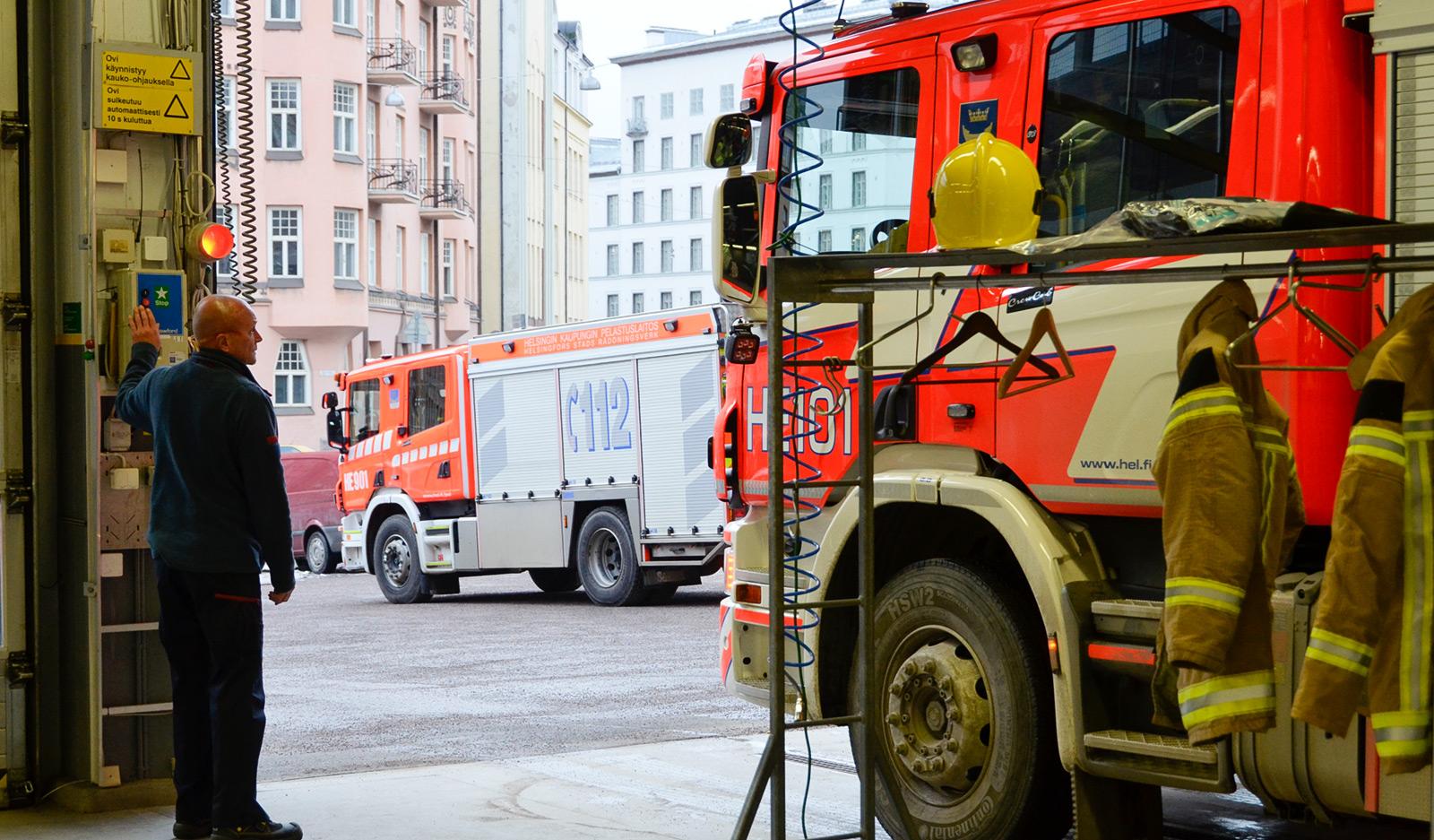 Helsingin palohenkilöstö ry. muisti jäseniään koronasatasella.