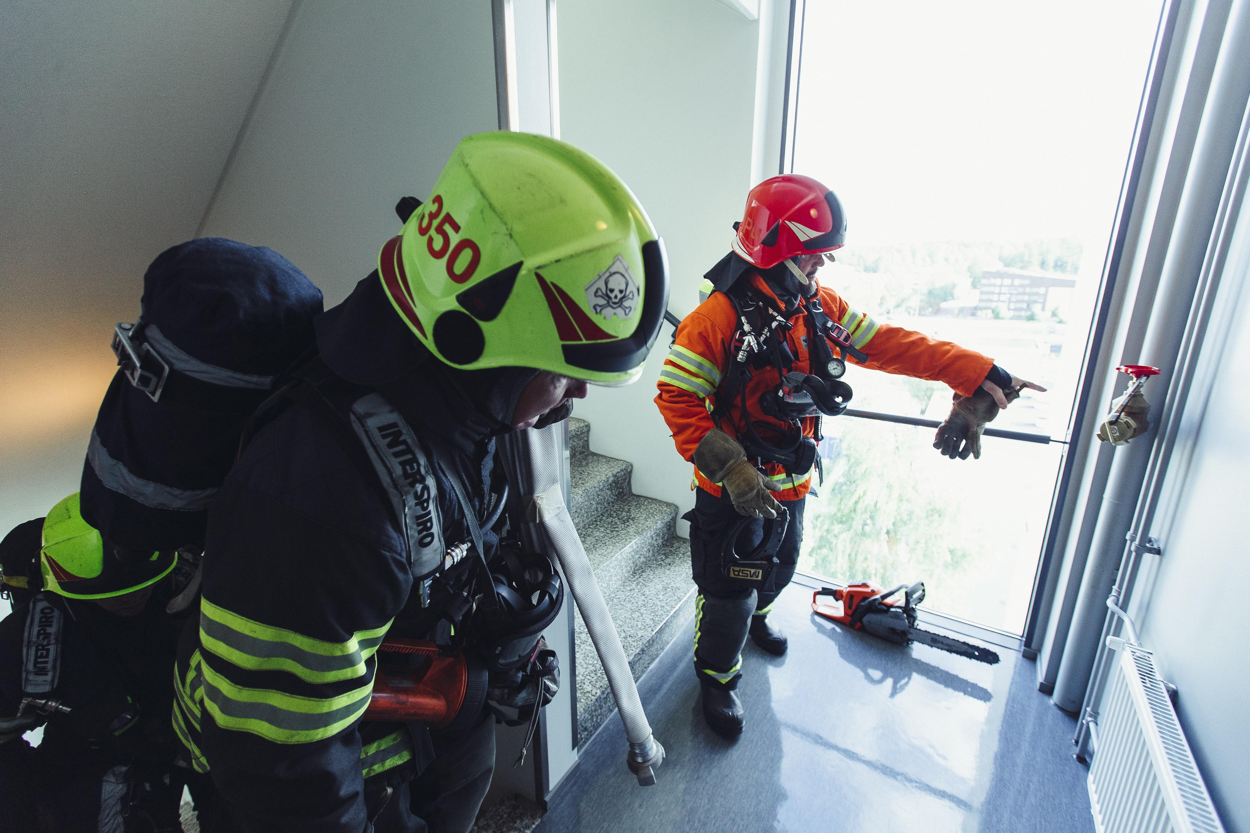 Vuonna 2002 valmistunut 12-kerroksinen talo Tikkurilassa on nykyisin paloturvallinen.