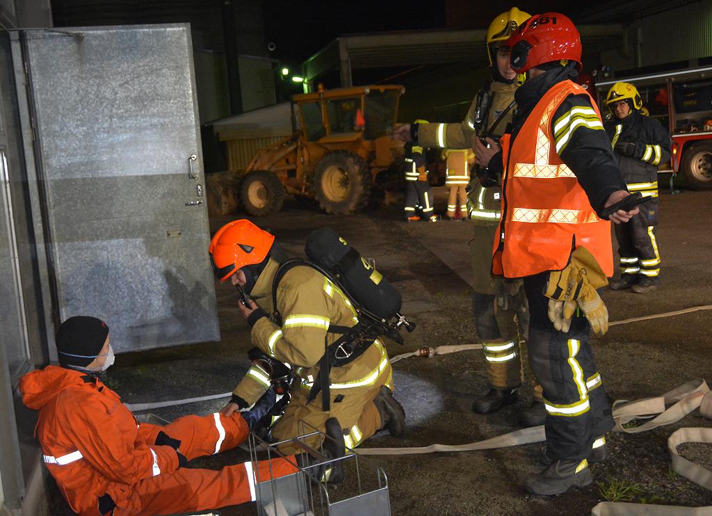 Kolmen VPK:n yhteiset harjoitukset järjestettiin tällä kertaa Kokemäen viljavarastolla.