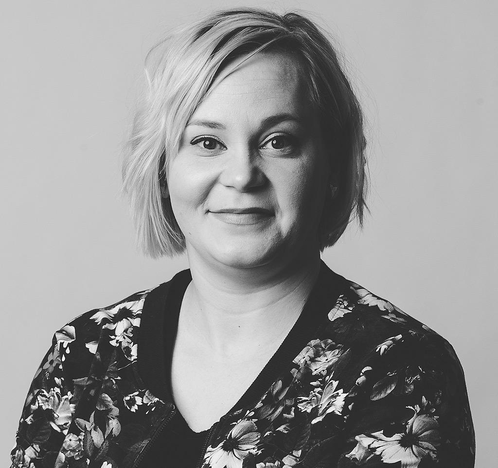 Mira Leinonen työskentelee pelastusylitarkastajana Etelä-Suomen aluehallintovirastossa.