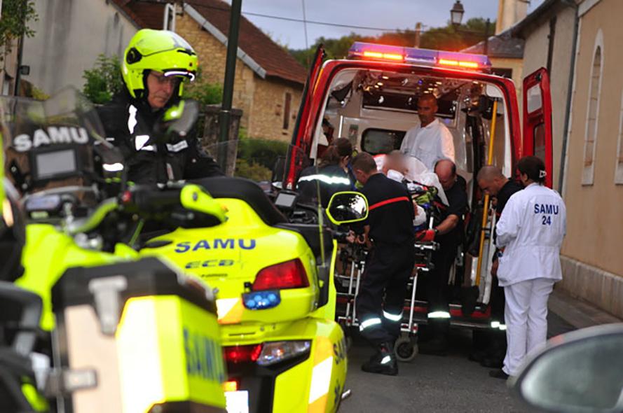 Ranskan sairaaloiden hätäkeskus SAMU (Service Aide Medical Urgente) toimii paikallisesti maan kaikissa 103 departementissa.
