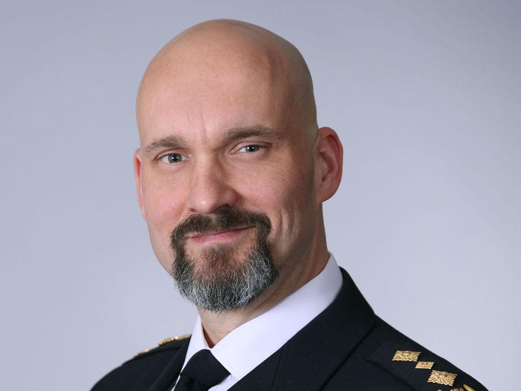 Etelä-Suomen aluehallintoviraston pelastustoimen ja varautumisen johtaja Kimmo Kohvakka on nimitetty uudeksi pelastusylijohtajaksi.