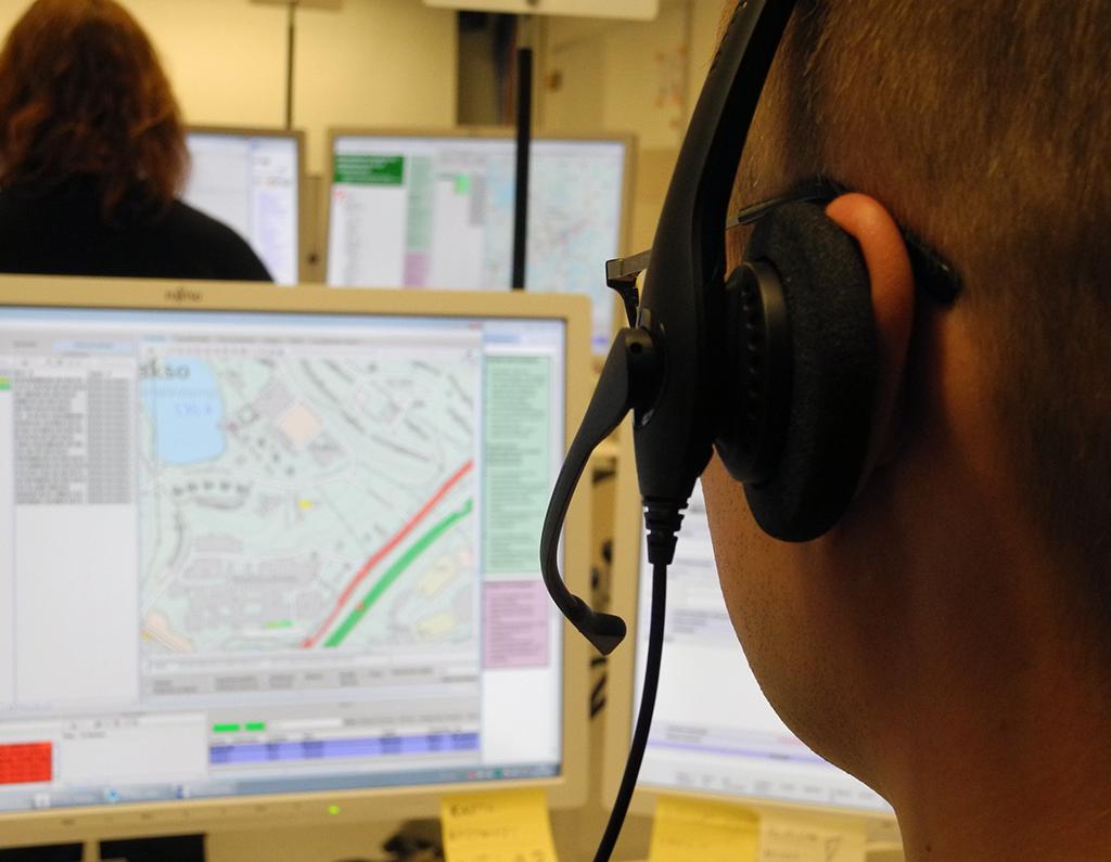 Alaa vaihtaneista hätäkeskuspäivystäjistä 76 prosenttia ilmoitti lähtönsä syyksi sen, ettei työvorojärjestelyihin voinut vaikuttaa.