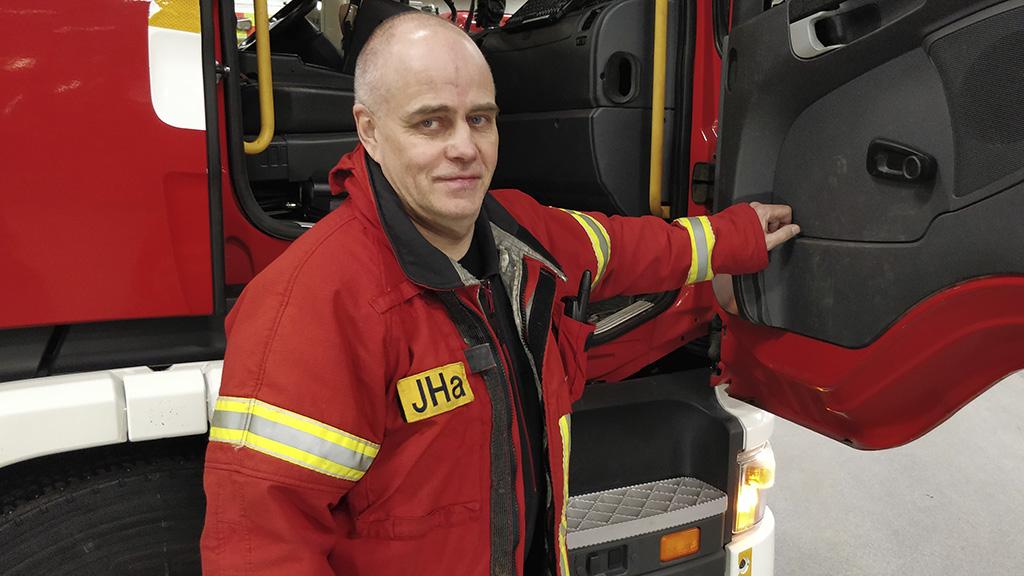 Asemamestari Jarmo Haapaniemi on kolmatta kertaa ehdolla kansanedustajaksi sosialidemokraattien riveistä Oulun vaalipiirissä.
