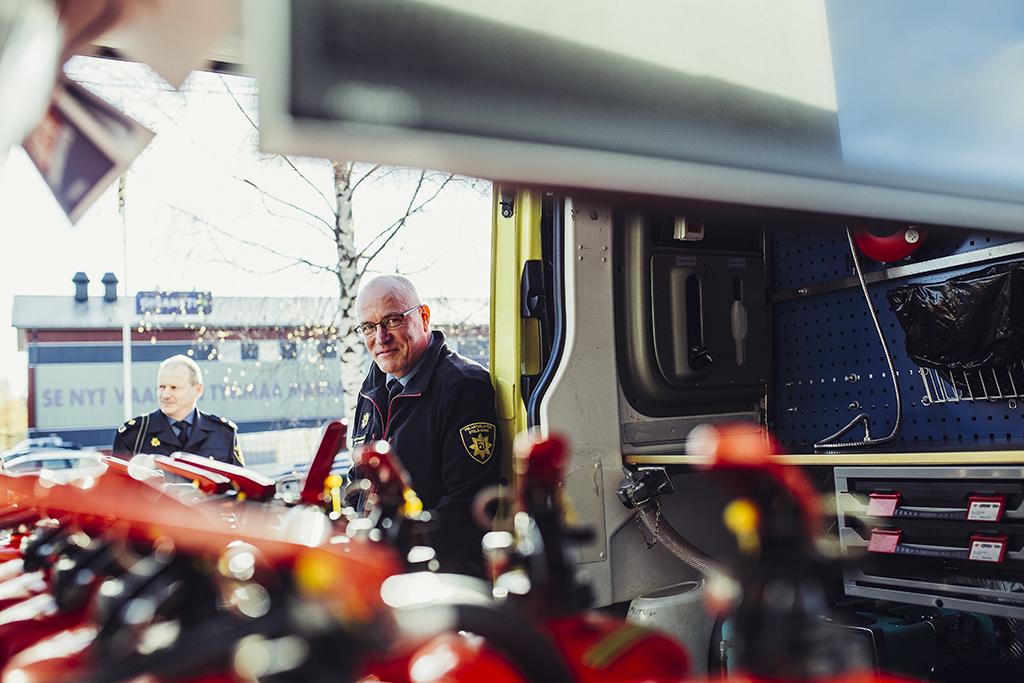 Turvallisuusviestintä on osa onnettomuuksien ehkäisyä. Etelä-Savon pelastuslaitoksen turvallisuusviestinnän tiimillä on kaksi omaa koulutuskonttia, jotka kiertävät eri tapahtumissa. Konttia esittelivät vuonna 2017 pelastuspäällikkö Tuomo Halmeslahti ja koulutuspäällikkö Isto Heikkinen.