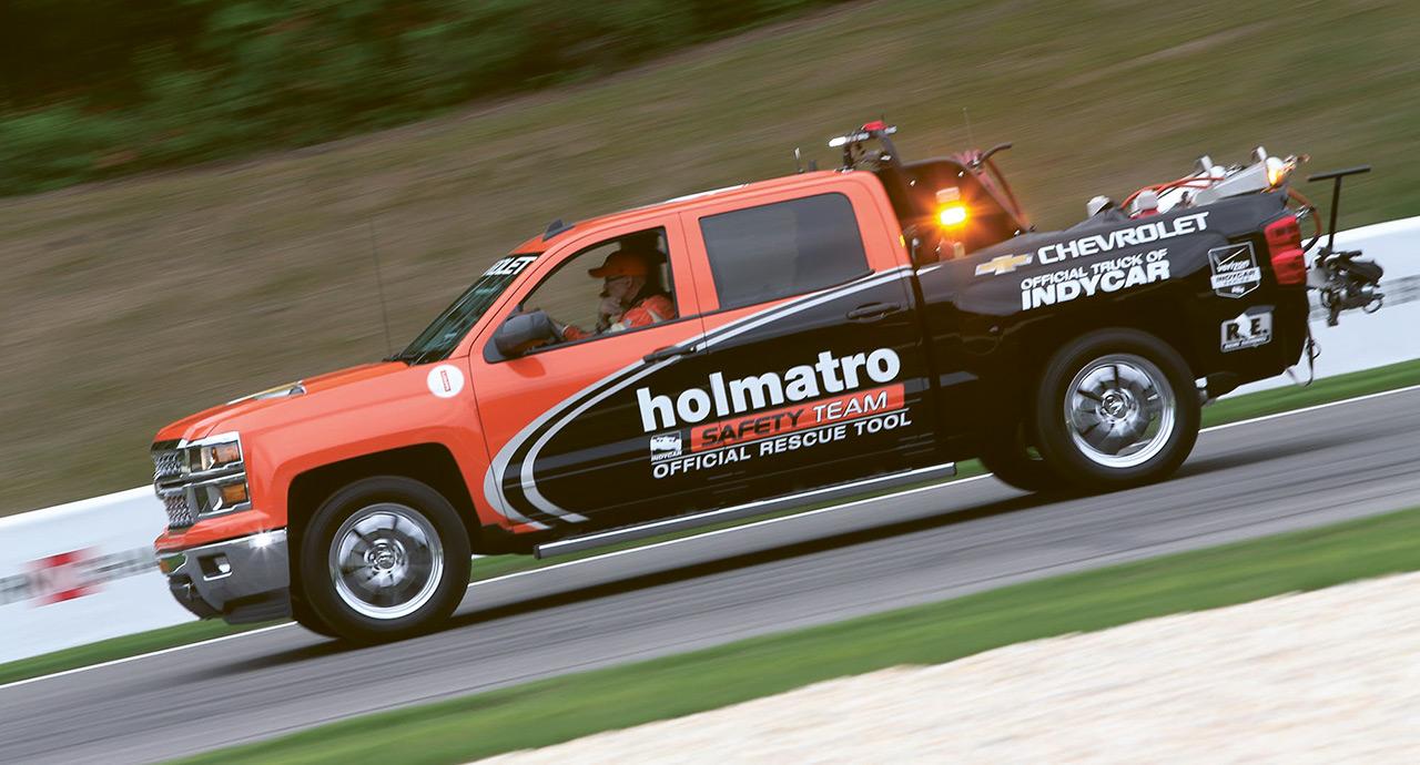 Holmatro on ollut mukana  Indycar-kisojen turvallisuusjärjestelyissä vuodesta 1991. Kuva: IMS Photo.