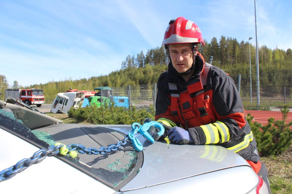 Samu Kemppi on kehittänyt ketjuvetopelastamista siitä lähtien, kun menetelmä tuli uudestaan Suomeen 2012.