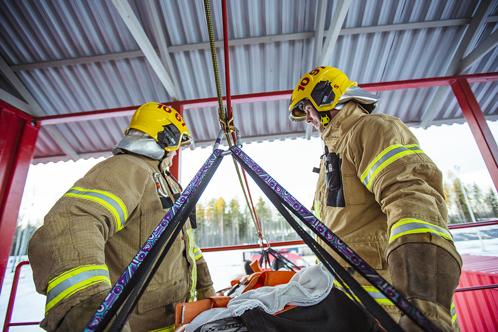 He ovat jatkossakin palomiehiä, ainakin Pelastustiedon äänestäjien mielestä.