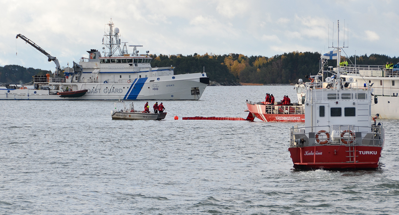 Lokakuussa 2017 järjestettiin mittava öljyntorjunta- ja pelastusharjoitus Turun ja Naantalin satamiin johtavalla väylällä.