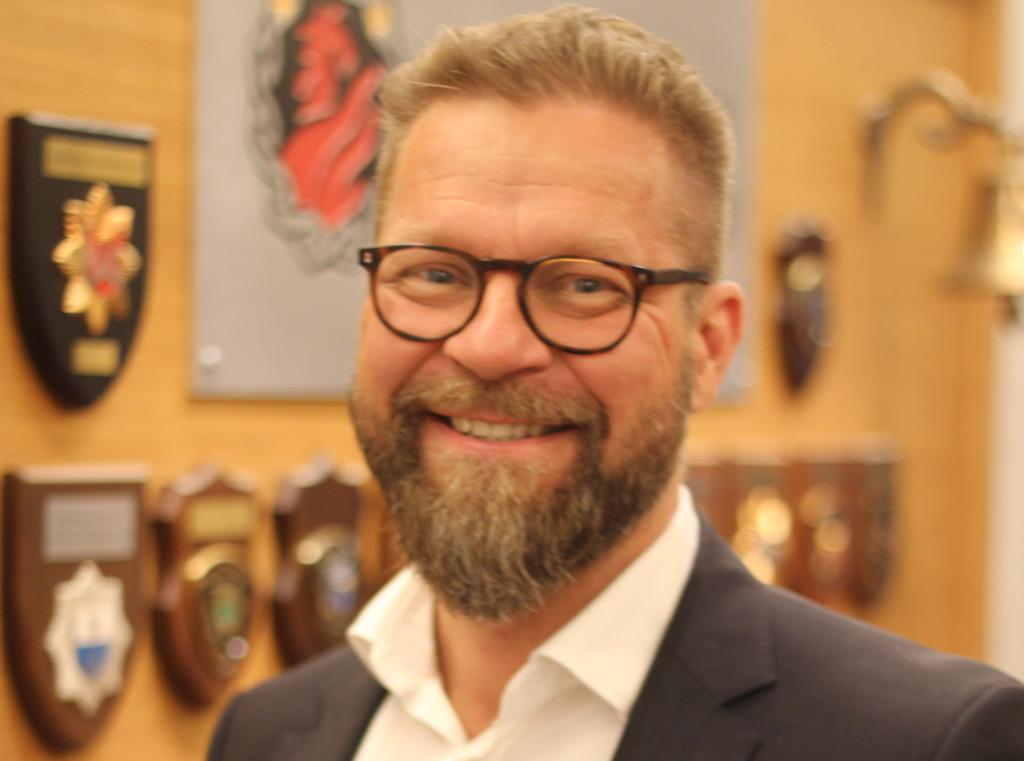 Petri Lindh oli mukana ryhmässä, joka suosittelee koronaepidemian tukahduttamisen strategiaa.