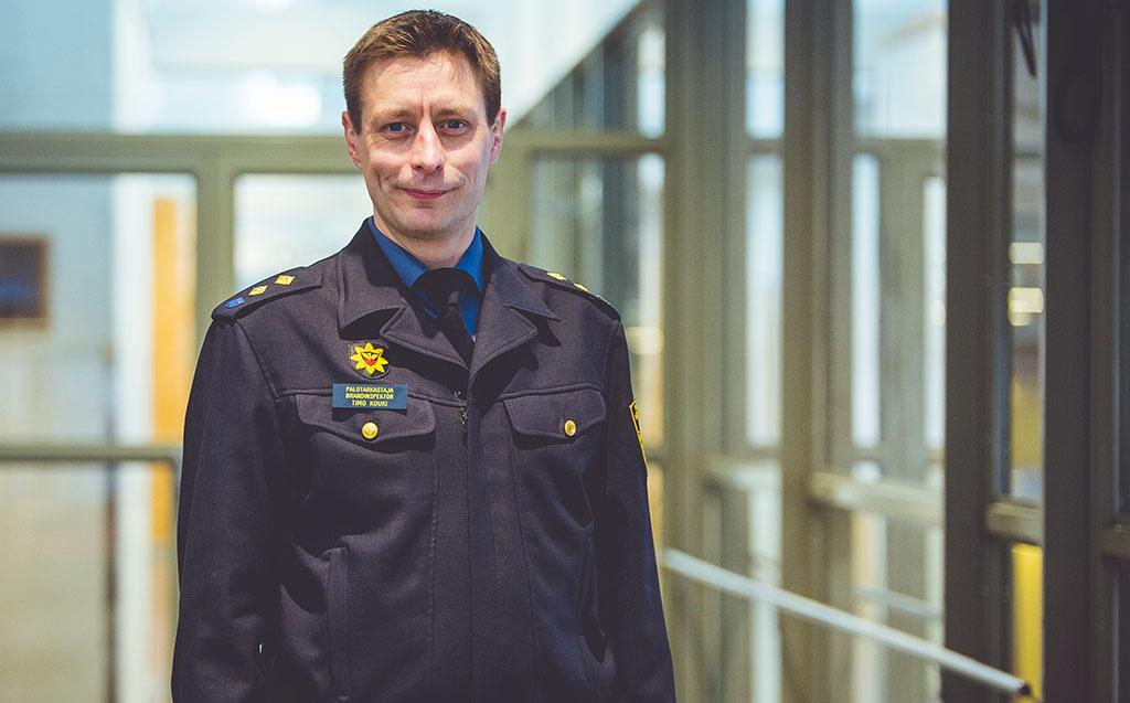 Timo Kouki siirtyy viranomaistehtävästä järjestökentälle. Hän aloittaa Suomen Sopimuspalokuntien Liiton toiminnanjohtajana 1.9.