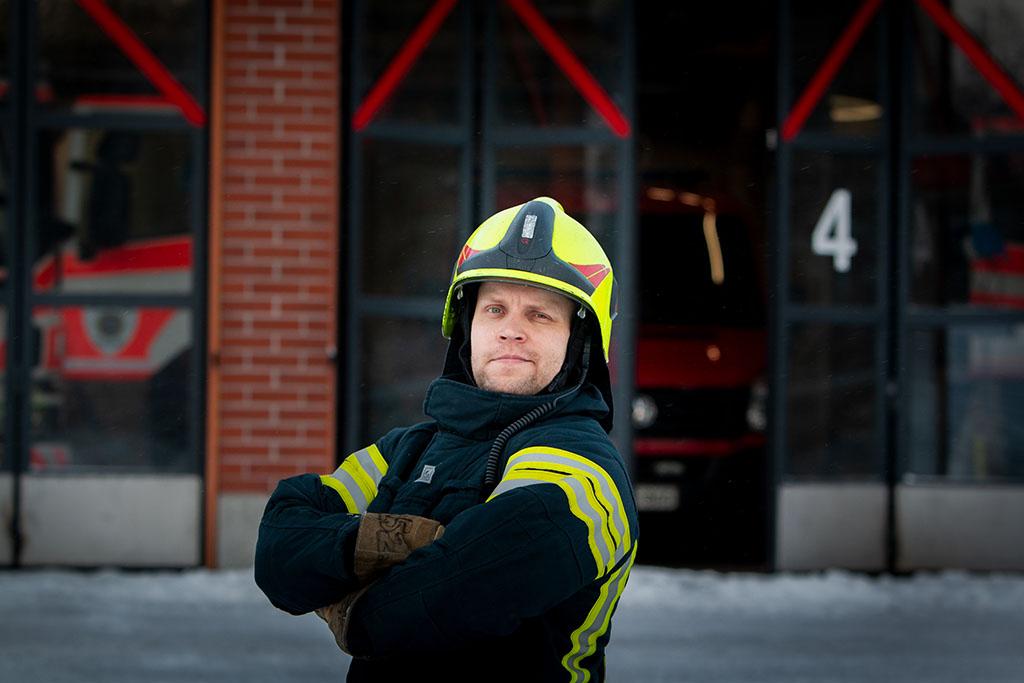 Palomies-ensihoitaja Sami Lillsunde jätti viitisen vuotta sitten ruokavaliostaan pois viimeisetkin eläintuotteet.