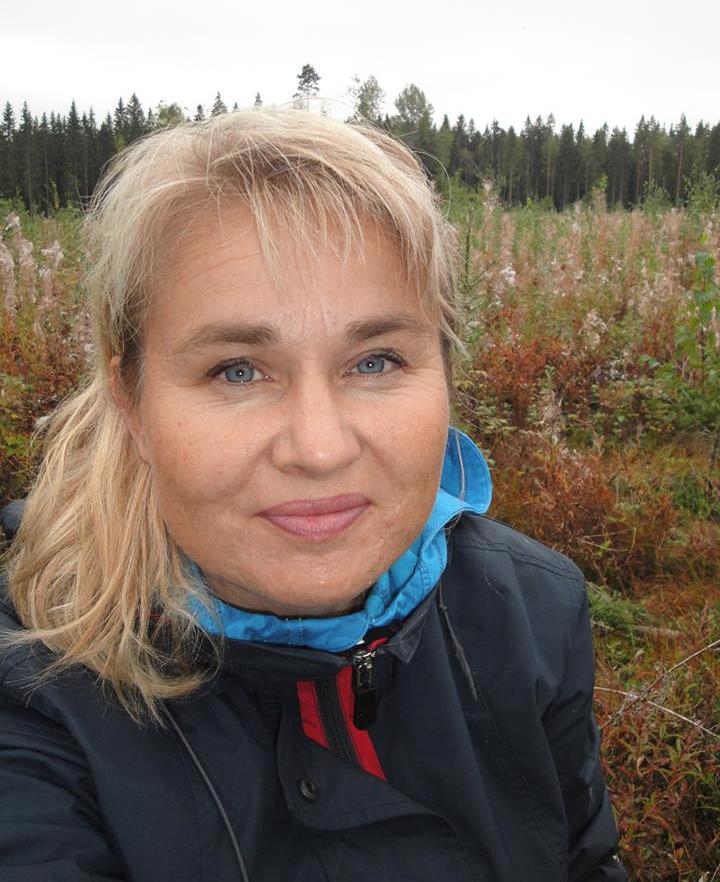 Nina Piela-Tallberg on Palo- ja pelastustieto ry:n jäsen. Hän edustaa Palosuojelun edistämissäätiötä.