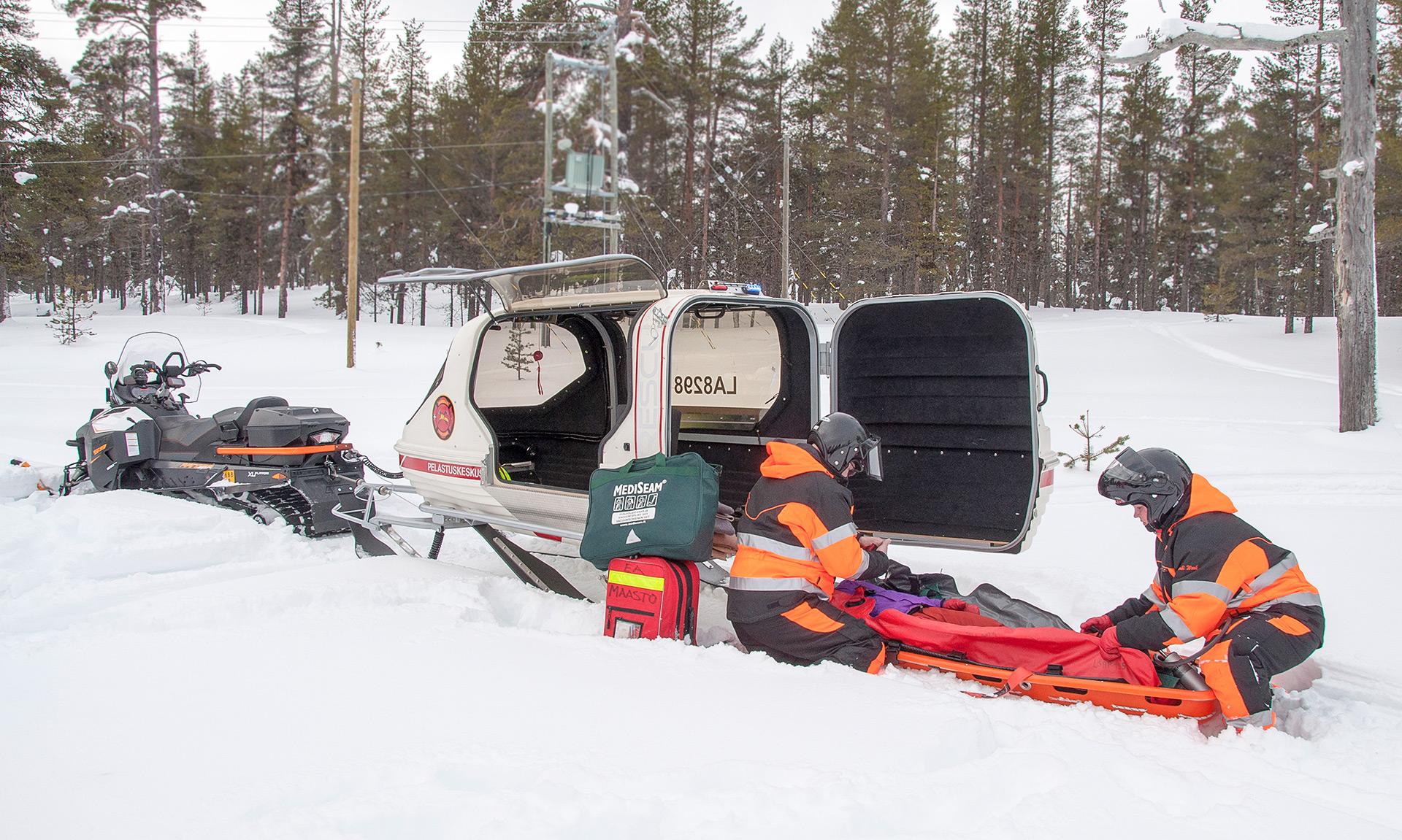 Saariselän VPK:n henkilöstö on saanut vaikuttaa pelastusrekensä kehittämiseen vuosien ajan. Muutoksia on tehty paljon ja niitä on testattu käytännössä.