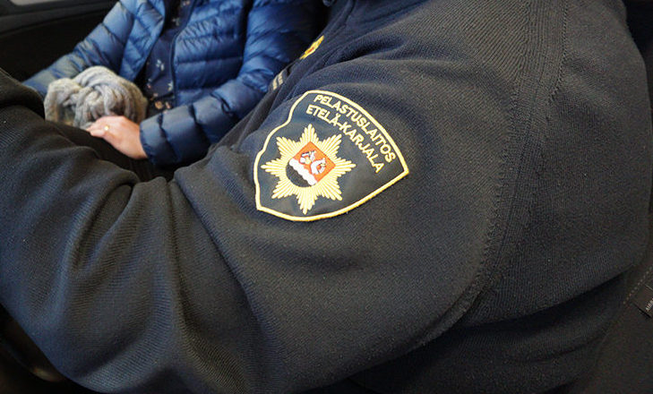 Etelä-Karjalan sosiaali- ja terveyspiiri Eksote on rokottanut alueella toimivat ensihoitajat, mutta palomiehiä ei.