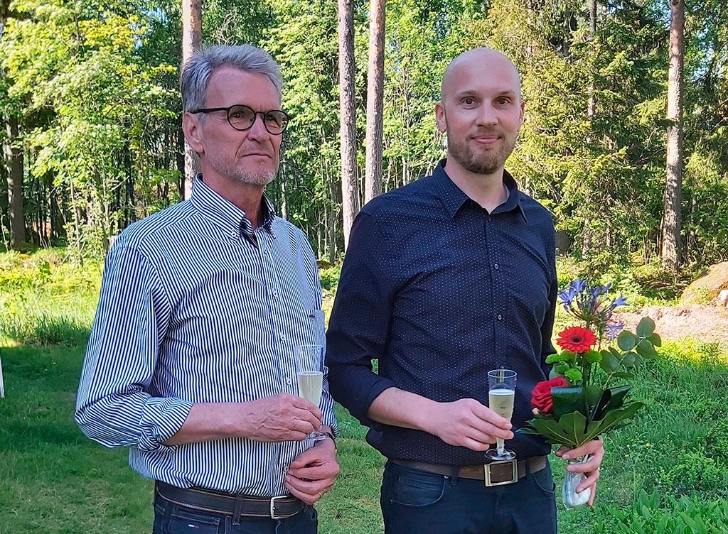 Kymenlaakson pelastuslaitos sai historiansa toisen pelastusjohtajan. Vesa Parkon (vas.) seuraaja on Juhani Carlson.