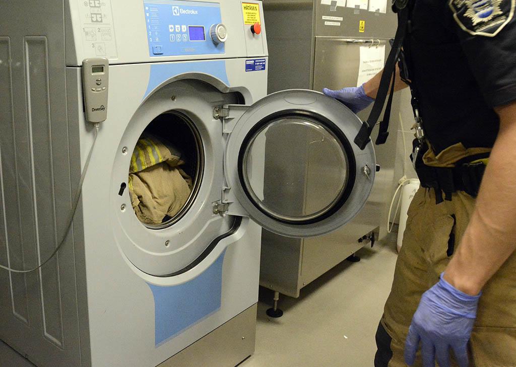 Sammutusasu pääsee pesuun. Saadaanko tulevaisuudessa tehokkaampia puhdistusaineita?